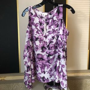 Cache floral cold shoulder tunic M